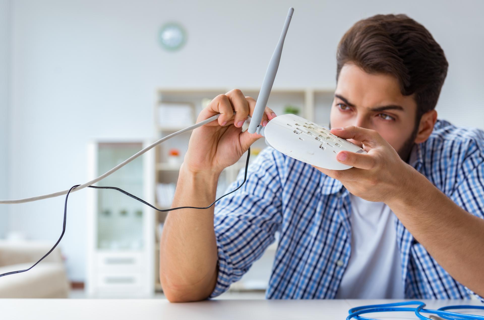 Cabo ou Wi-Fi? Saiba como a tecnologia utilizada influencia na sua internet